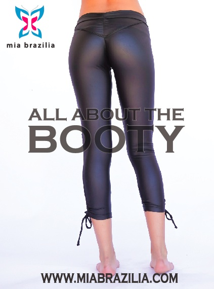 Mia Brazilia and Five Booty-Sculpting Exercises